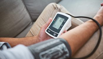 Най-добрите апарати за измерване на кръвно налягане за 2021